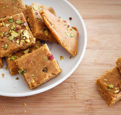 Besan ki barfi Recipe by Rasoi Menu